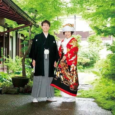 先輩花嫁のストーリー